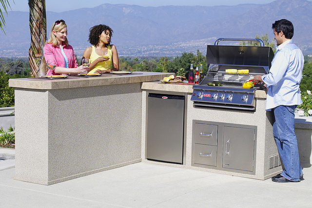BBQs – Visions of Outdoor Living